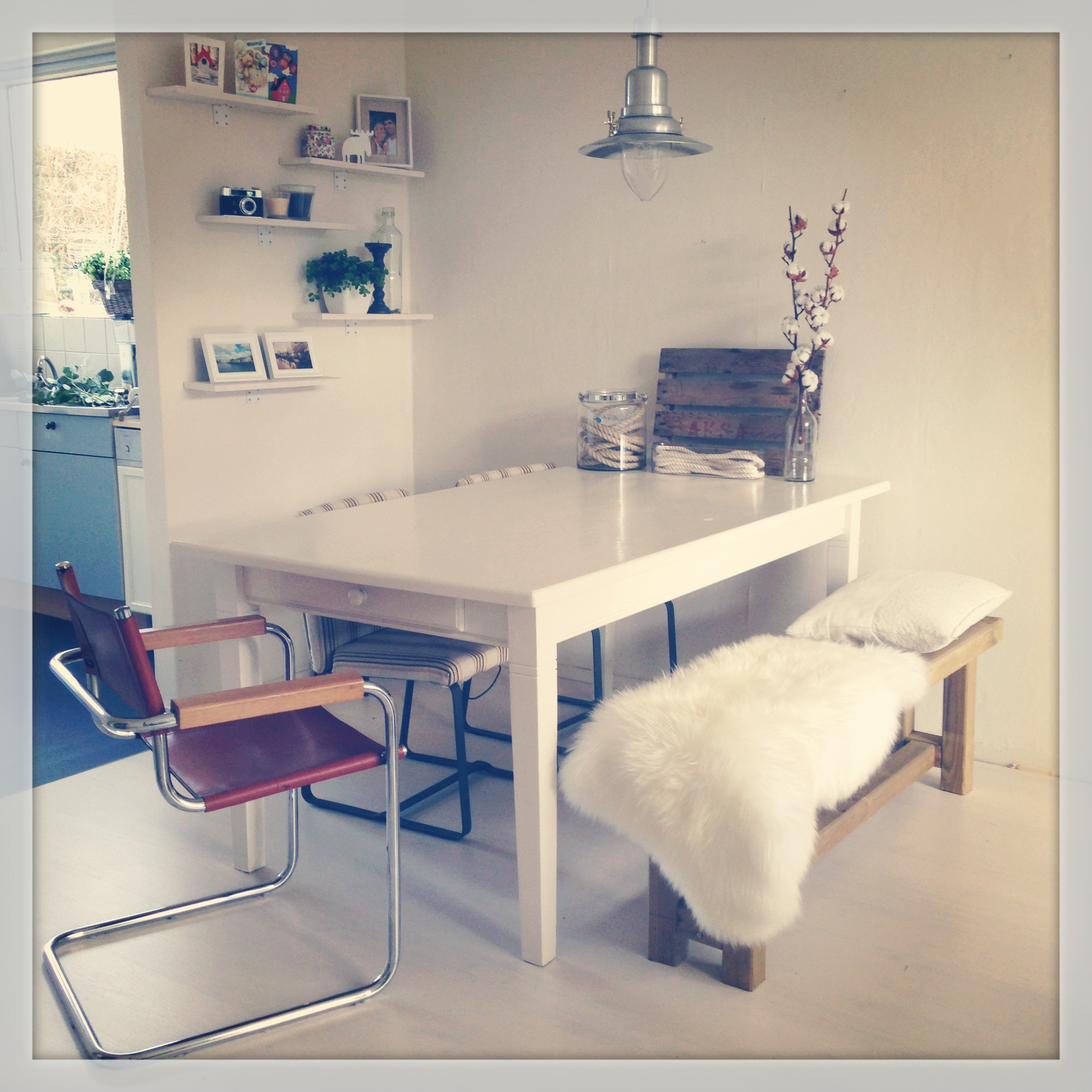 Do it yourself u00e9n stylingtip: bankje bij de eettafel - donebymyself