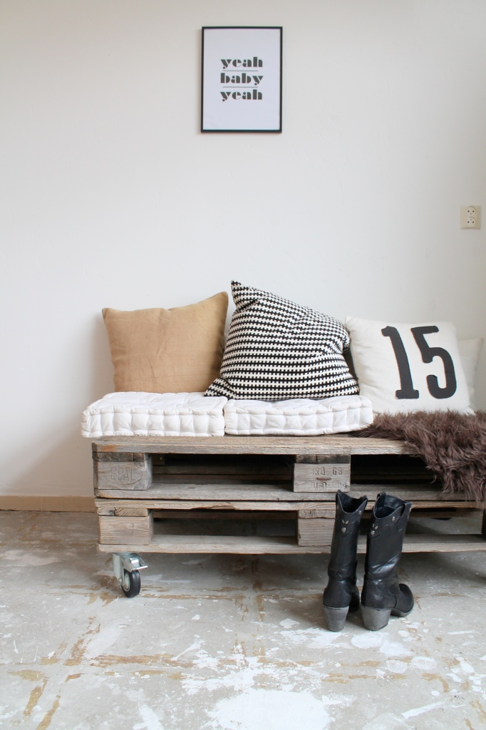 Do it yourself: pallet lounge