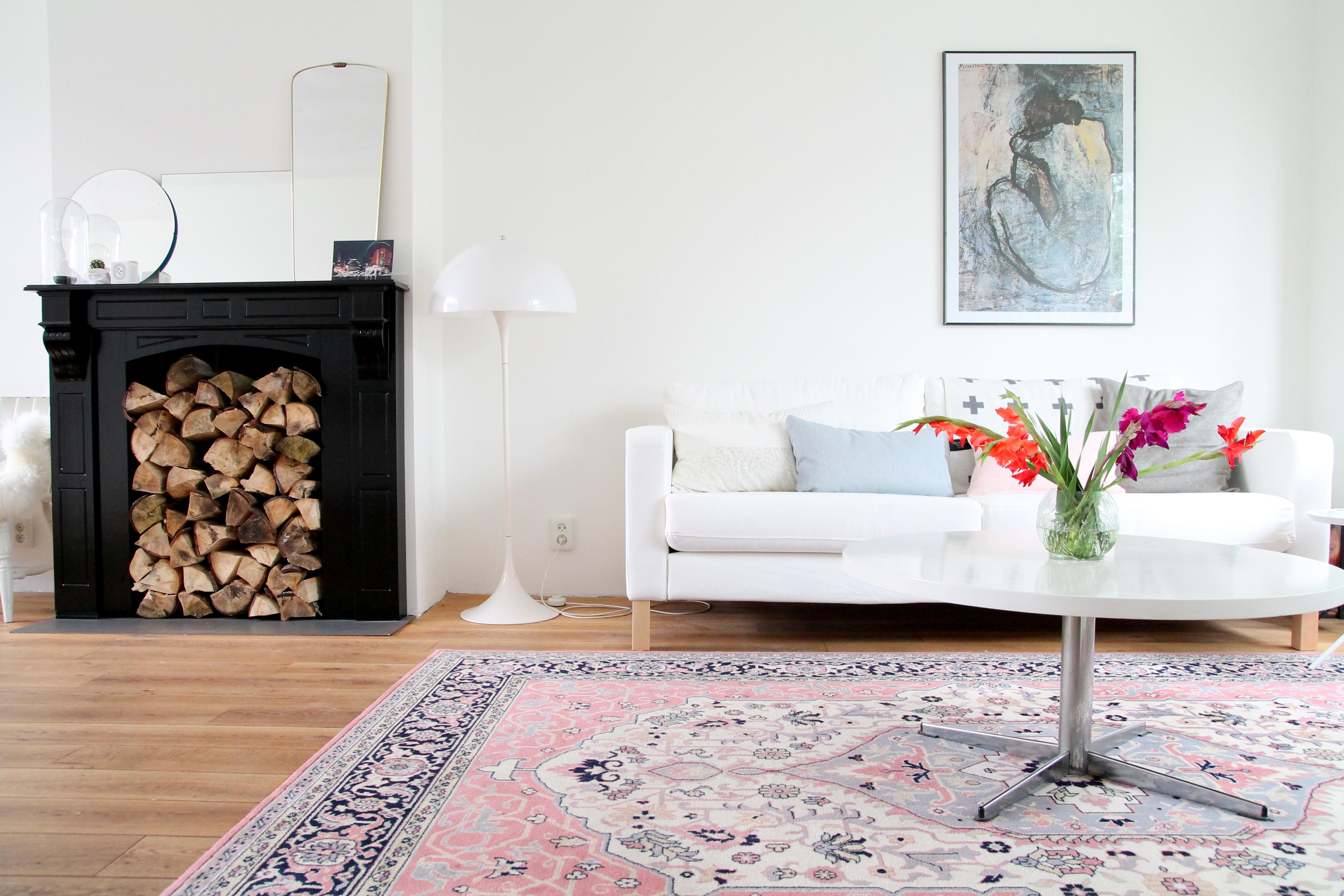 Eettafel Bank Ikea.New Couch Ikea Karlstad Donebymyself