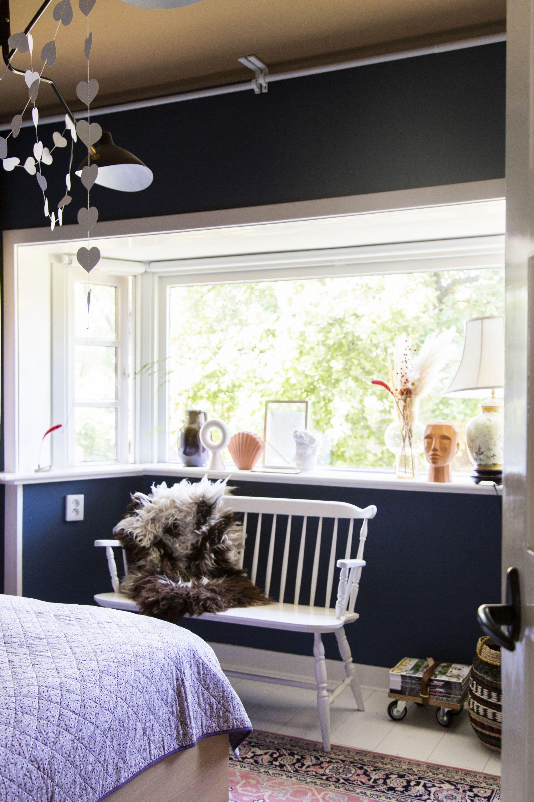 Window sill styling