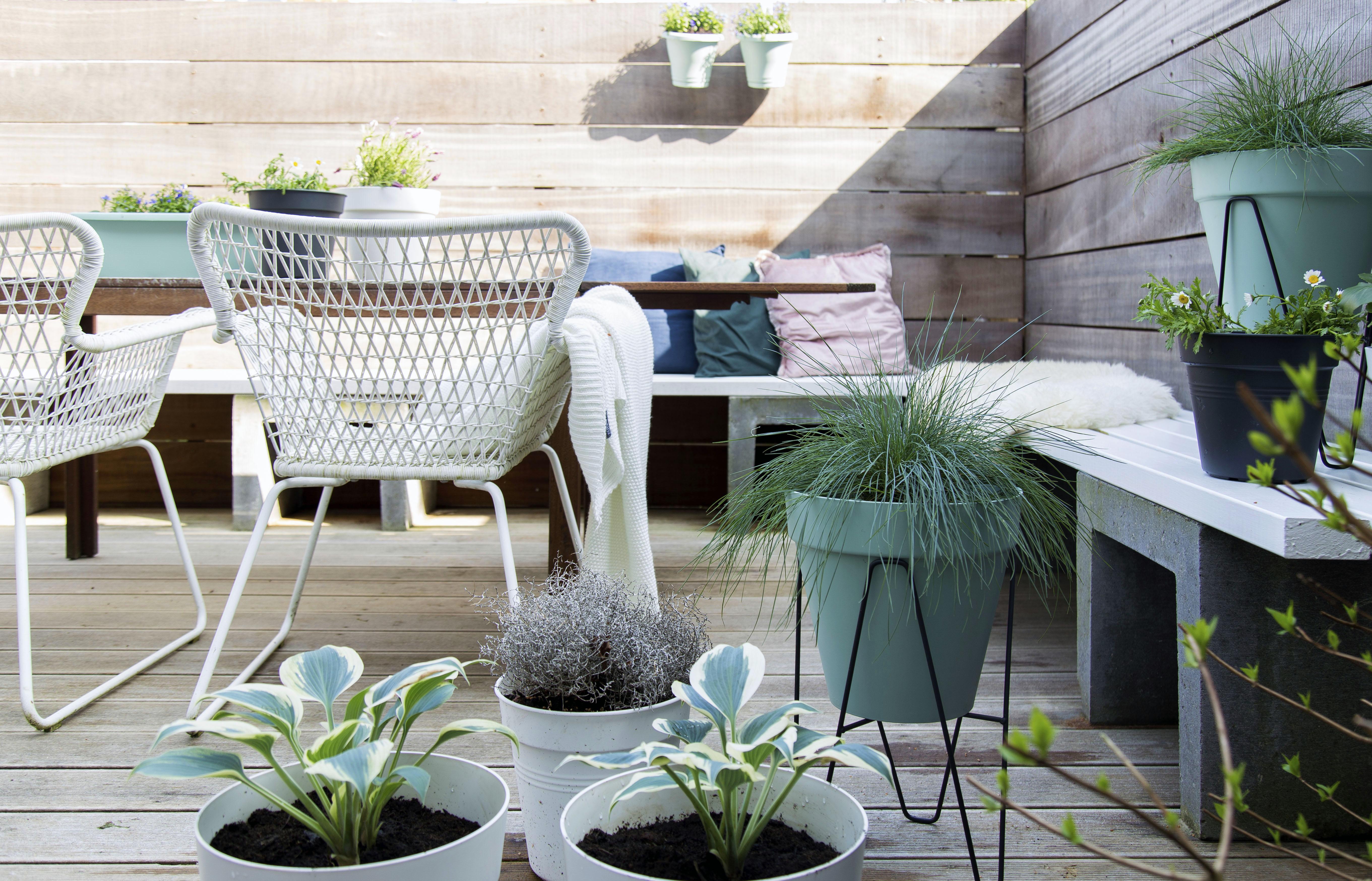 Garden makeover with elho